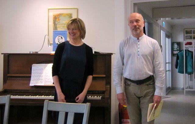 Basbarytonen John Erik Eleby och ackompanjatören Gunnel Lundberg